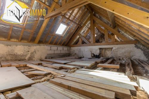 Vente - Corps de ferme 5 pièces - 143 m2 - Jouy le Moutier - Photo