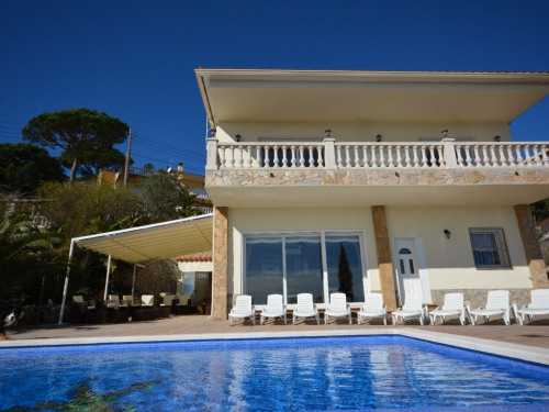 Rental - Villa 6 rooms - 200 m2 - Lloret de Mar - Photo