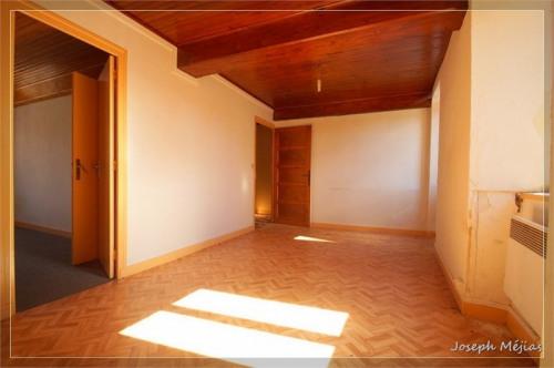 Produit d'investissement - Immeuble - 196 m2 - Vernoux en Vivarais - Photo