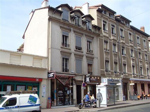 Location appartement Lyon 8ème 431€ CC - Photo 1