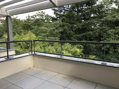 Location - Appartement 2 pièces - 42,5 m2 - Ecully - BALCON - Photo