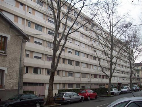 Location appartement Villeurbanne 543€ CC - Photo 1