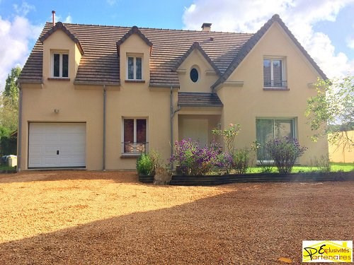 Sale house / villa Bu 367500€ - Picture 1