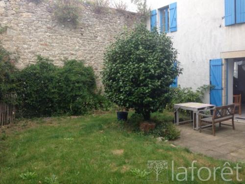 Location - Maison de ville 3 pièces - 56 m2 - Pont l'Abbé - Photo