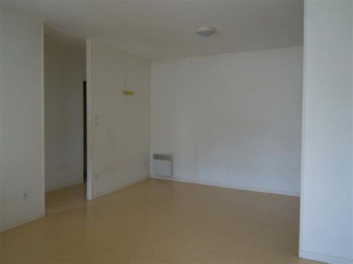 Location - Appartement 3 pièces - 62 m2 - Hagetmau - Photo