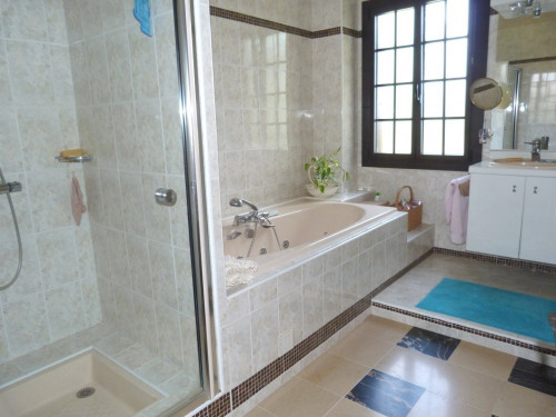 Venta  - villa 9 habitaciones - 306 m2 - Orcet - Photo