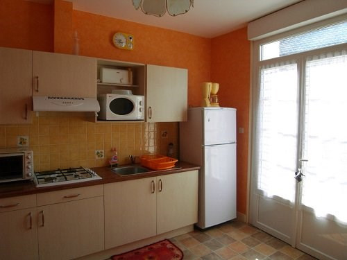 Rental apartment 10 mn sud cognac 423€ CC - Picture 1