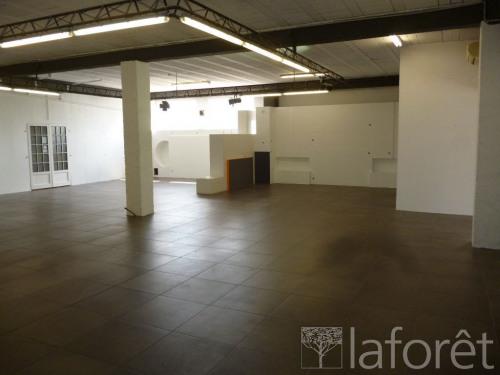 Verhuren  - Werkplaats - 230 m2 - Les Angles - Photo