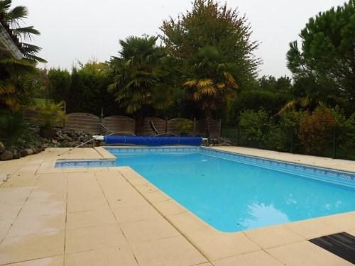 Sale house / villa 10 mn sud cognac 310300€ - Picture 2