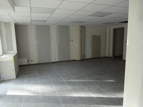 Location local commercial Martigues 583€cc - Photo 5