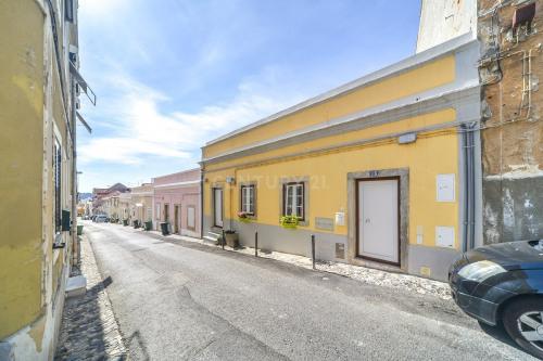 Sale - Villa 4 rooms - 115 m2 - Póvoa de Lisboa - Photo