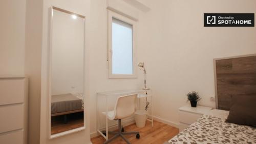 Locação - Apartamento 5 assoalhadas - 115 m2 - Valencia - Photo