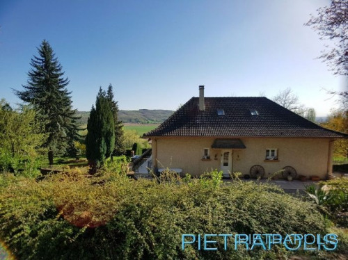Vente - Maison / Villa 6 pièces - 137 m2 - Royas - Photo