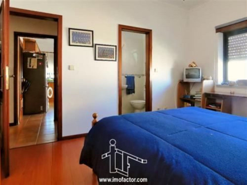 Sale - Apartment 6 rooms - 107 m2 - Castelo Branco - Photo