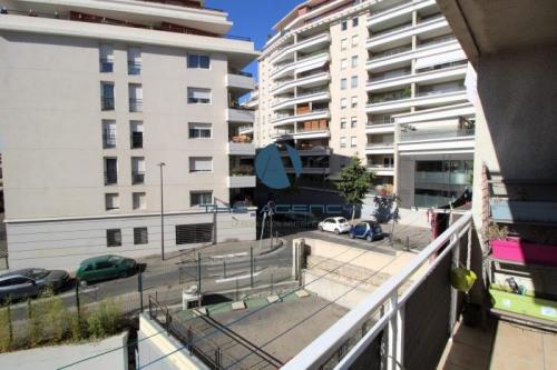 Vente - Appartement 3 pièces - 73 m2 - Marseille 8ème - Photo