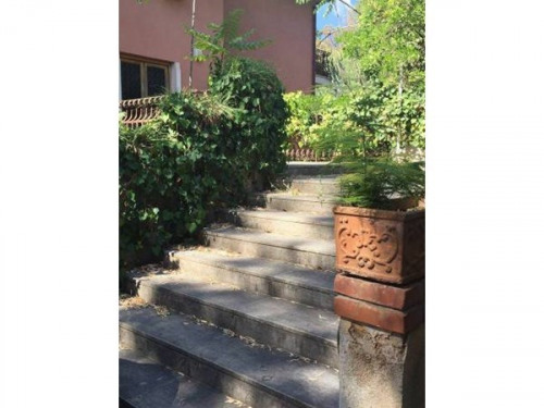 Investment property - Villa 6 rooms - 1050 m2 - Palermo - Photo