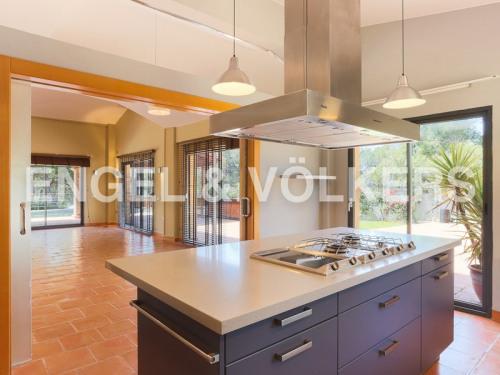 出售 - 住宅/别墅 4 间数 - 286 m2 - Chiva - Photo
