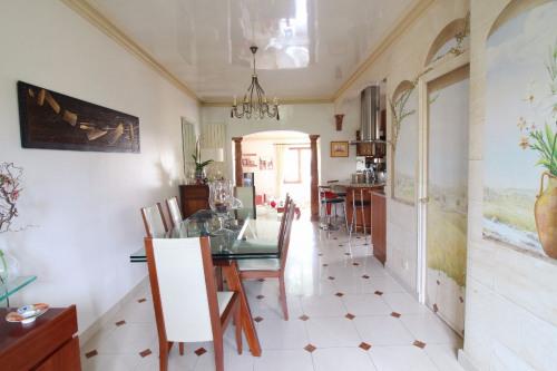 Revenda - Casa 6 assoalhadas - 190 m2 - Clamart - Photo