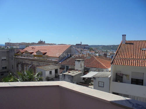 Rental - Apartment 4 rooms - 107 m2 - Coimbrã - Photo