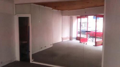 Verhuren  - Werkplaats - 26 m2 - Alès - Photo