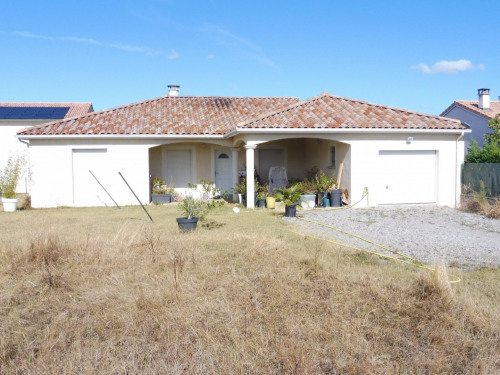 Location - Maison / Villa 4 pièces - 93 m2 - Jarcieu - Photo
