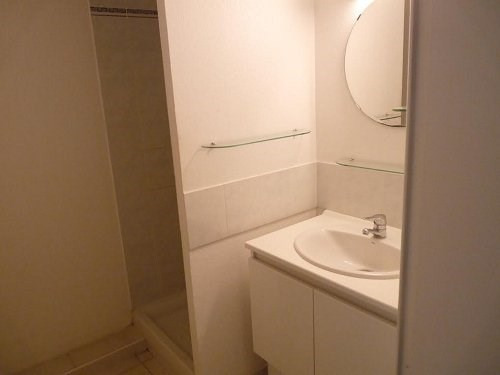Location appartement Istres 622€ CC - Photo 6