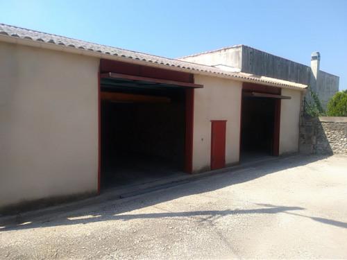出租 - 建筑 - 100 m2 - Beaucaire - Photo