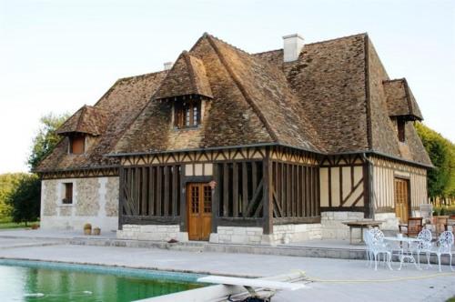 Venta de prestigio  - casa solariega 7 habitaciones - 270 m2 - Le Neubourg - Façade piscine - Photo