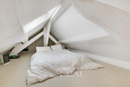 Revenda residencial de prestígio - Duplex 3 assoalhadas - 81 m2 - Paris 3ème - Photo