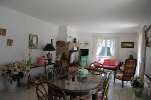 Vente - Villa 5 pièces - 106 m2 - Roche Saint Secret Béconne - Photo