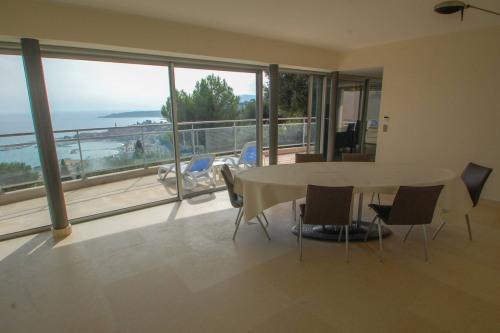 Deluxe sale - Villa 10 rooms - 300 m2 - Menton - Photo