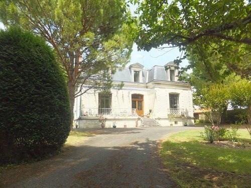 Vente de prestige maison / villa Jarnac 679980€ - Photo 1
