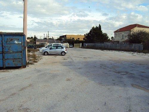 Location local commercial Chateauneuf les martigue 2500€cc - Photo 3