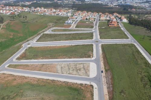 出售 - 空地 - 639 m2 - Caldas da Rainha - Photo