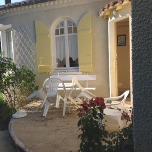Location vacances maison / villa Saint-palais-sur-mer 269€ - Photo 3
