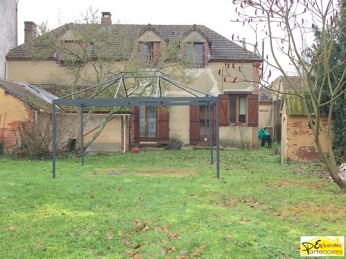 Sale house / villa Bu 210 000€ - Picture 1