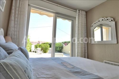 Vente - Villa 2 pièces - 28 m2 - Saint Aygulf - Photo