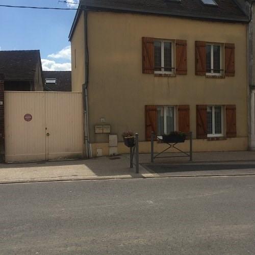 Location appartement Cherisy 830€ CC - Photo 1