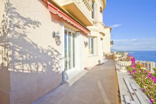 Deluxe sale - Villa 7 rooms - 170 m2 - Beausoleil - Photo