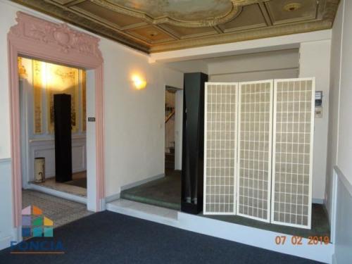 Location - Local commercial - 50 m2 - Lambesc - Photo