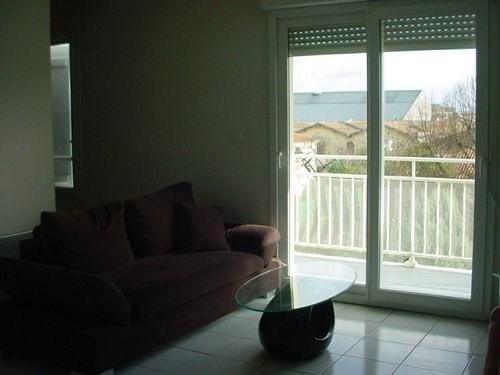 Rental apartment Cognac 413€ CC - Picture 3