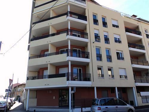 Location appartement Villefranche sur saone 657,67€ CC - Photo 10