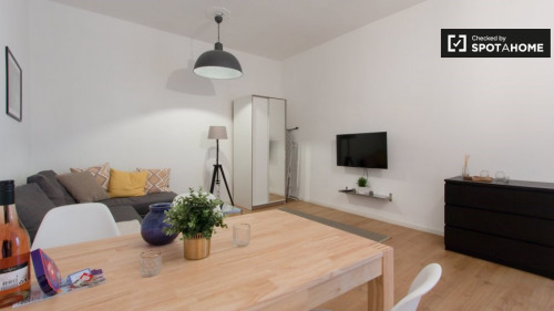 Rental - Studio - 42 m2 - Berlin - Photo