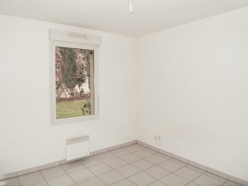 Rental apartment Cognac 397€ CC - Picture 6