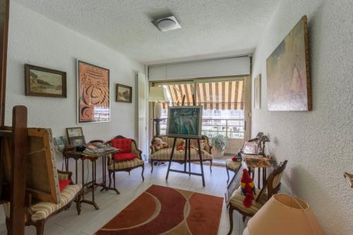 Sale - Apartment 3 rooms - 68 m2 - Cannes la Bocca - Photo