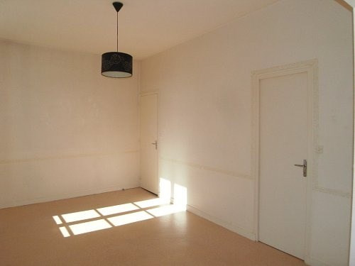 Location appartement Cognac 396€ CC - Photo 3