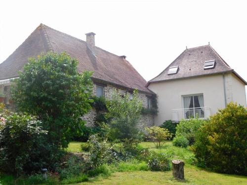 Sale - House / Villa 7 rooms - 149.3 m2 - Saint Paul la Roche - Photo