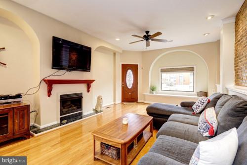 出售 - 住宅/别墅 1 间数 - 263.84 m2 - Baltimore - Photo