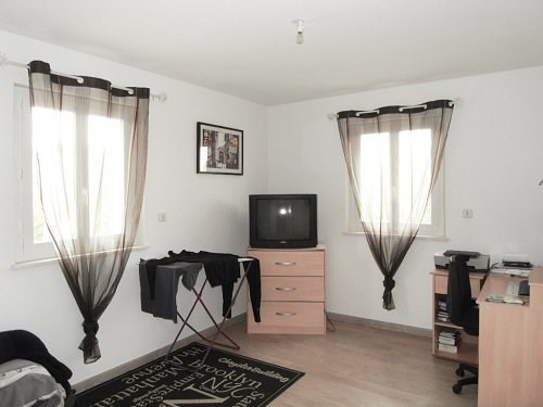 Location maison / villa St meme les carrieres 877€ CC - Photo 6