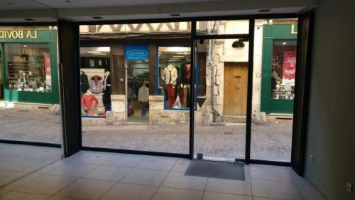 Rental - Shop - 45 m2 - Bourges - Photo